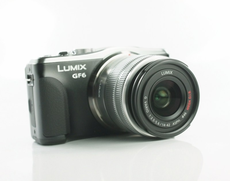 PANASONIC Lumix DMC-GF6 černý + 14-42 mm Powerzoom