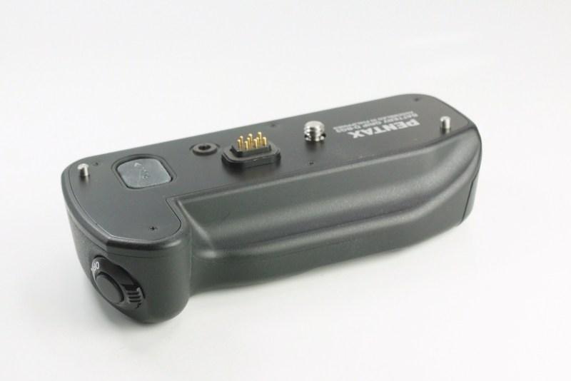Pentax D-BG3 bateriový grip pro K200D
