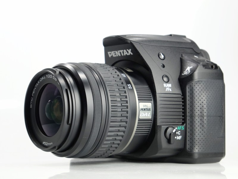 PENTAX K-30 + 18-55 mm  TOP STAV