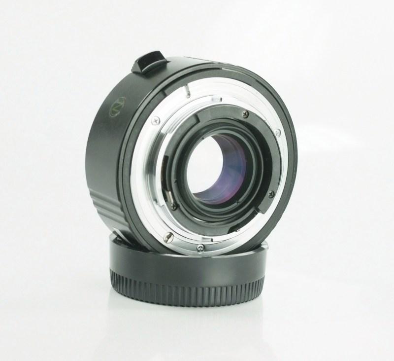 Rokunar Telekonvertor 2x pro Nikon