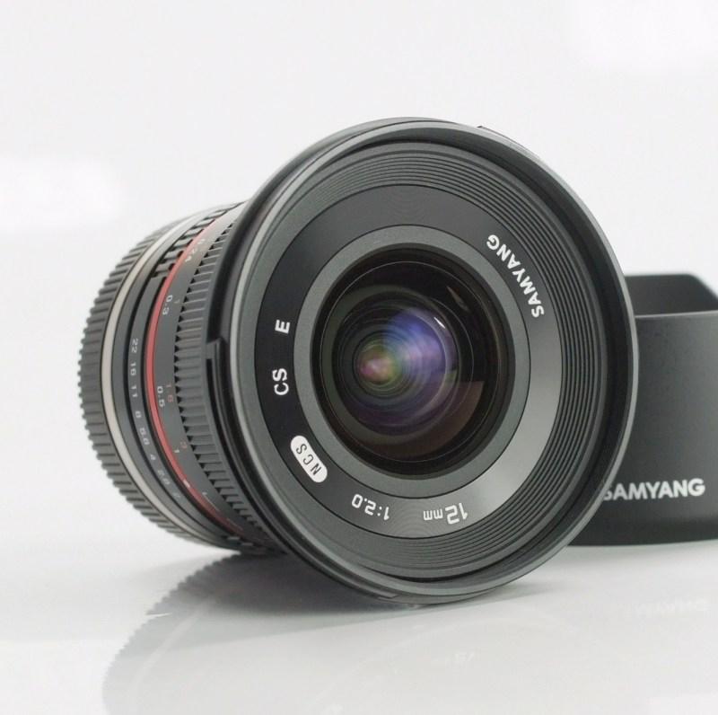 SAMYANG 12 mm f/2 NCS CS pro SONY NEX TOP STAV
