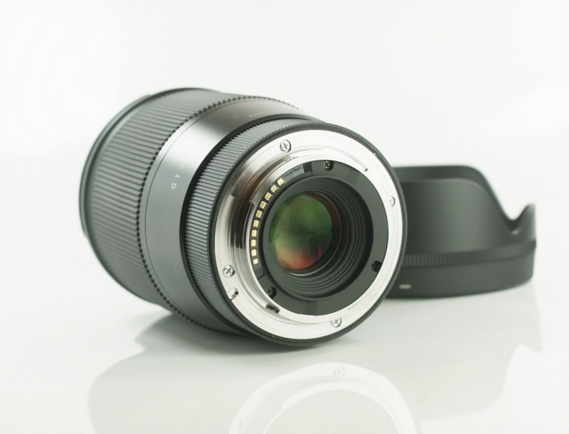 SIGMA 16 mm f/1,4 DC DN Contemporary pro Sony E
