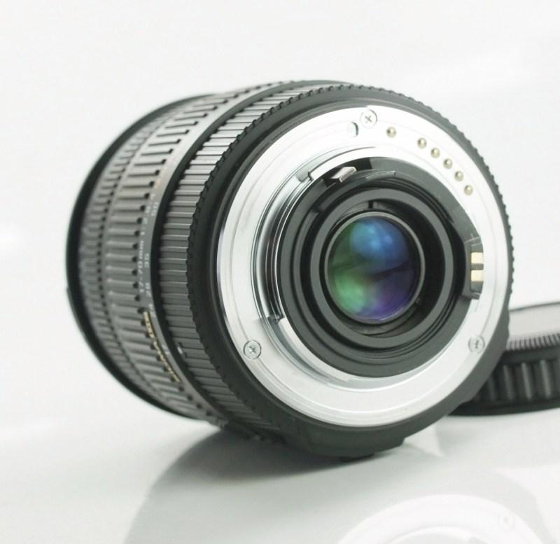 SIGMA 17-70/2,8-4 DC Macro HSM  pro Pentax