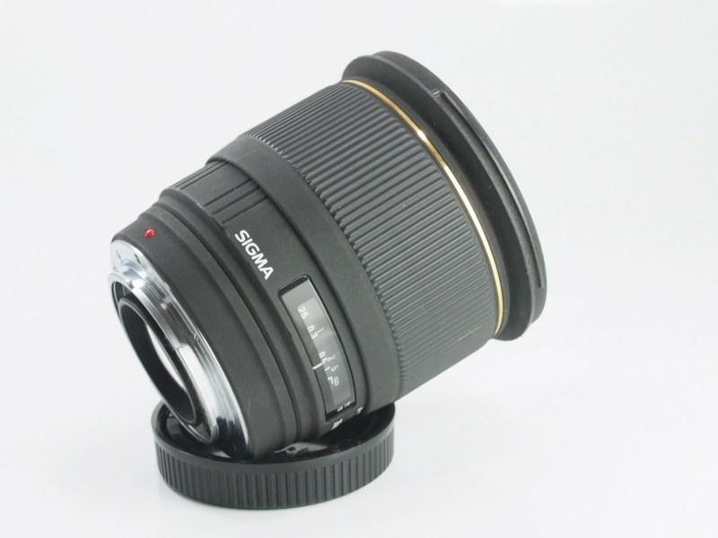 SIGMA 28 mm f/1,8 EX DG pro Minoltu/Sony A