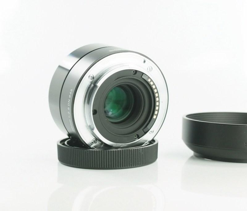 Sigma 30mm f/2,8 DN Art pro Sony NEX TOP STAV