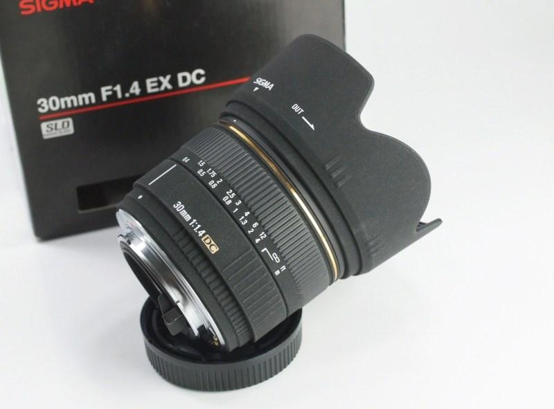 SIGMA 30 mm f/1,4 DC pro Pentax TOP STAV