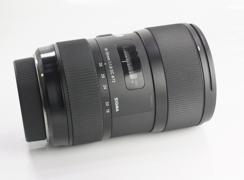 SIGMA 18-35 mm f/1,8 DC HSM Art pro Pentax TOP STAV