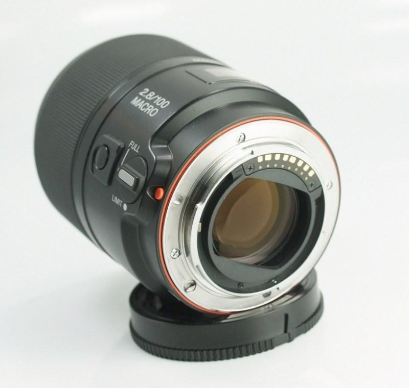 SONY 100 mm f/2,8 pro bajonet A TOP STAV