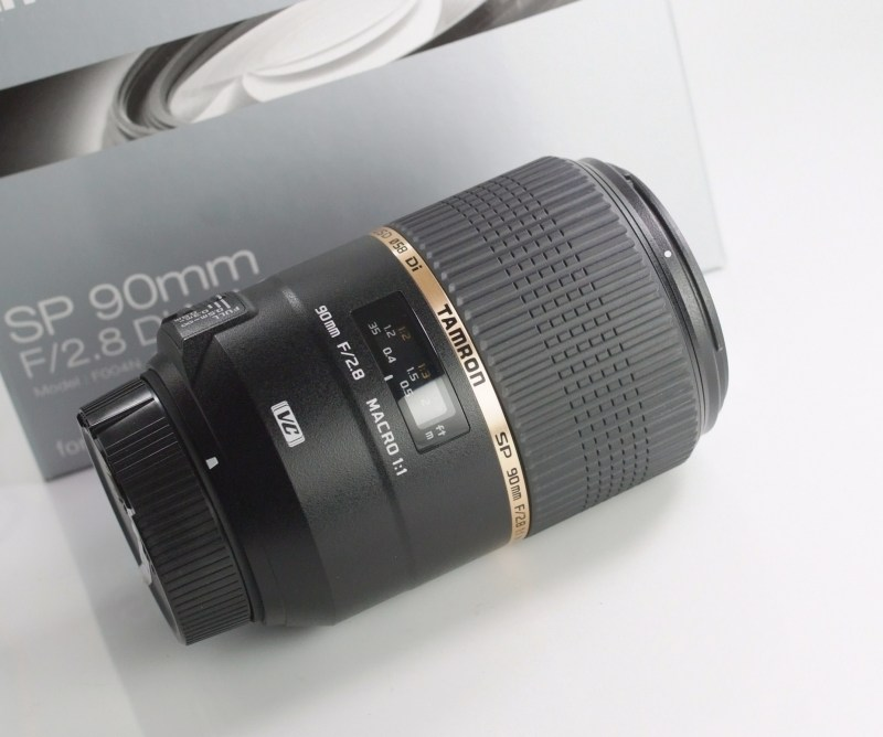 TAMRON 90 mm f/2,8 SP Di Macro VC USD pro Nikon TOP STAV