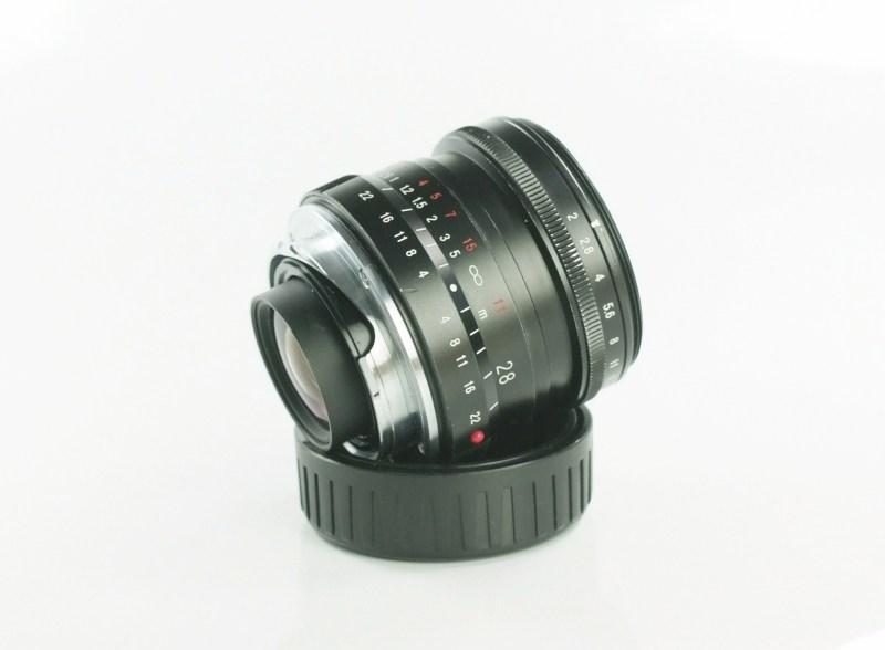 VOIGTLÄNDER 28 mm f/2 Ultron M-bajonet