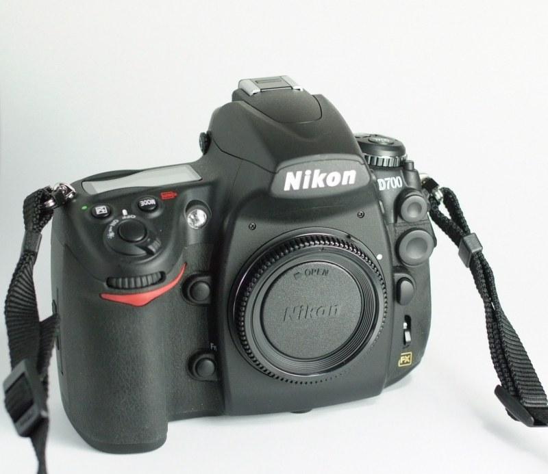 Nikon D700  1200 expozic