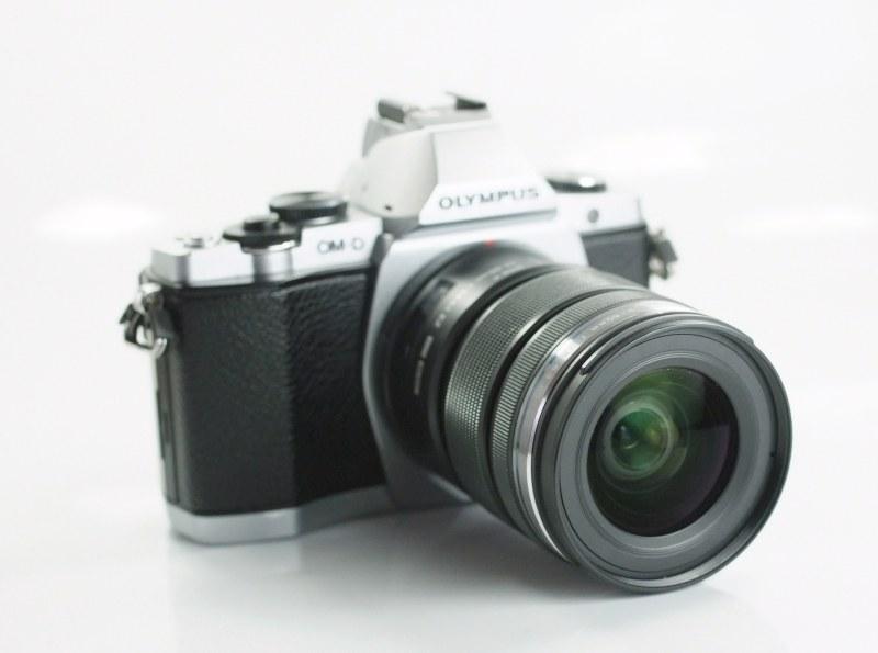 OLYMPUS E-M5 +12-50 mm  TOP